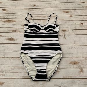 Loft black and white striped swimsuit 4